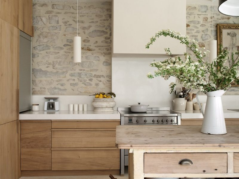 recycled-timber-farmhouse-style-kitchen-stone- wall